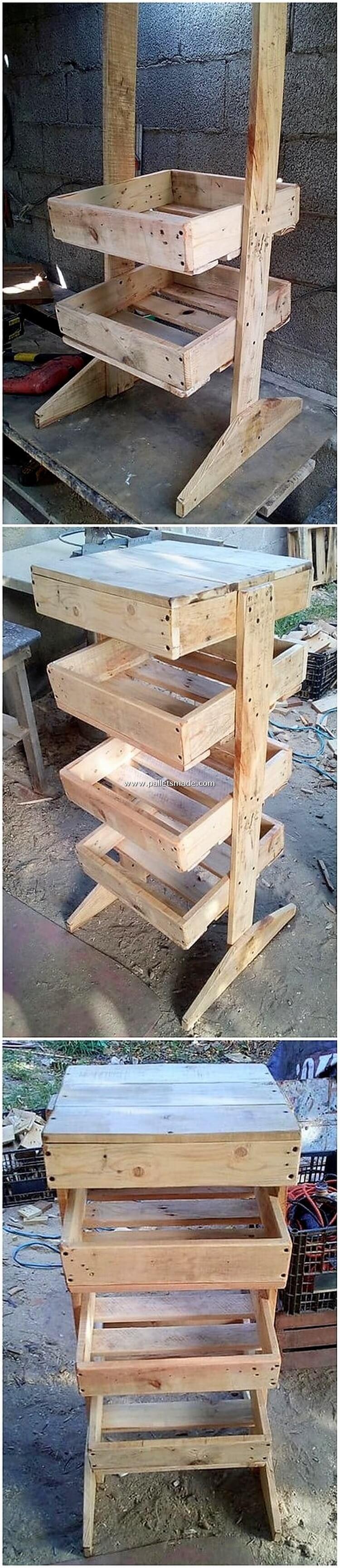 DIY Pallet Shelving Stand